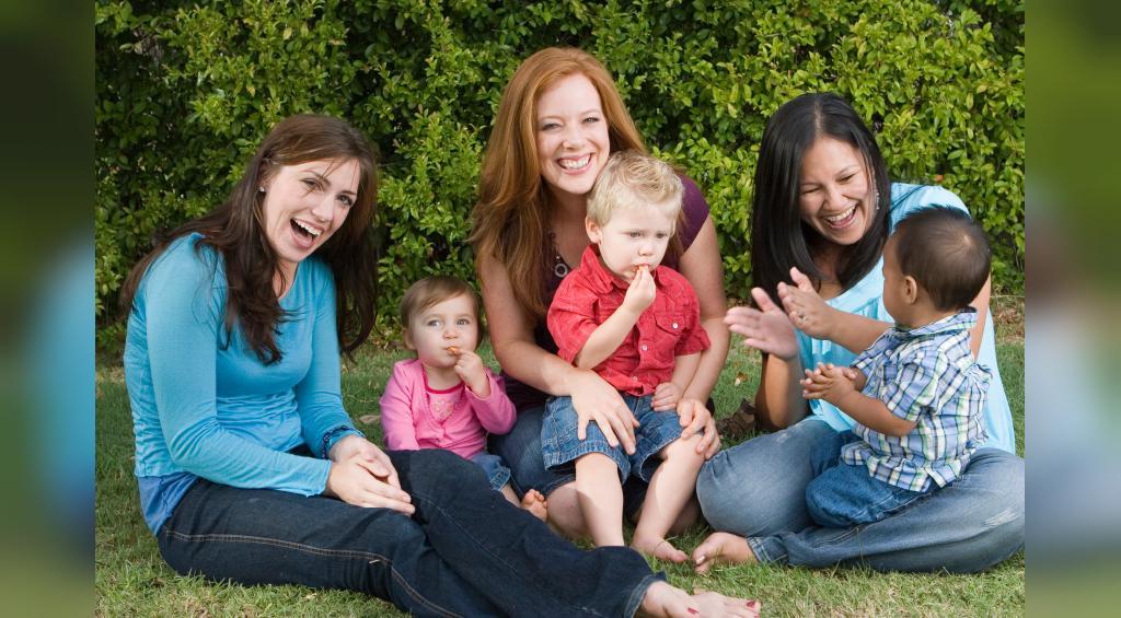 در مورد مادر چگونه انشا بنویسیم
