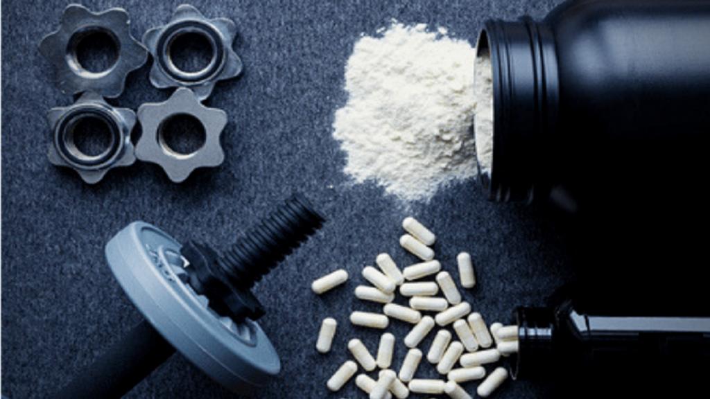عوارض جانبی و خطرات استفاده از مکمل های کراتین چیست؟