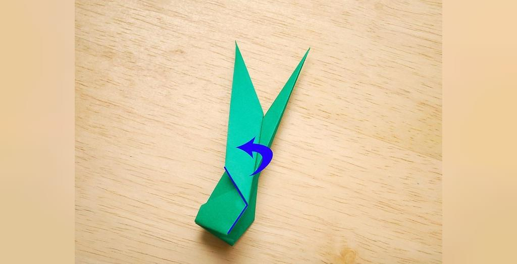 روش درست کردن گل رز کاغذی با ساقه