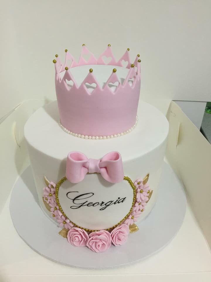 کیک تولد مدل تاج صورتی دختر جوان